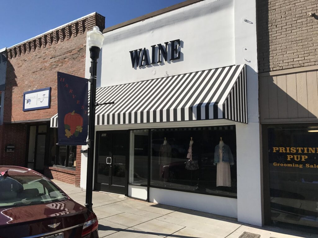 Awning at Waine Mercantile and Boutique, Gallatin by Adams Signs & Awnings